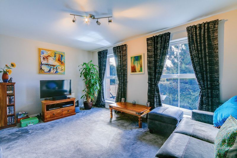 4 bed House for sale in Greenacres - Lounge (Property Image 2)