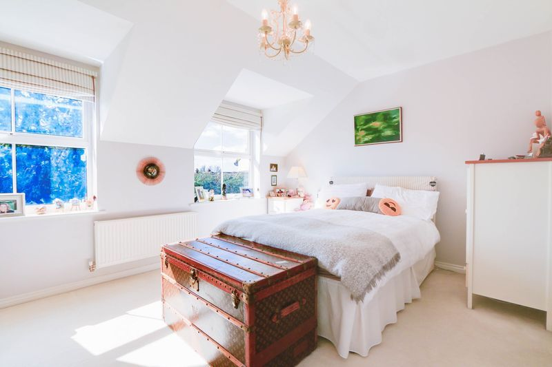 4 bed House for sale in Greenacres - Master Bedroom (Property Image 5)