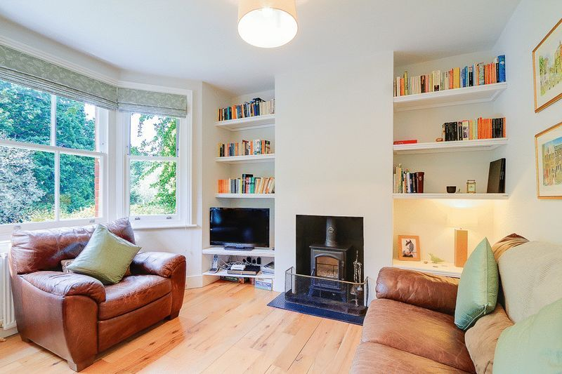 3 bed House for sale in Church Side - Lounge (Property Image 1)