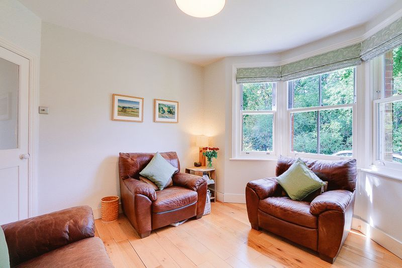 3 bed House for sale in Church Side - Lounge (Property Image 3)