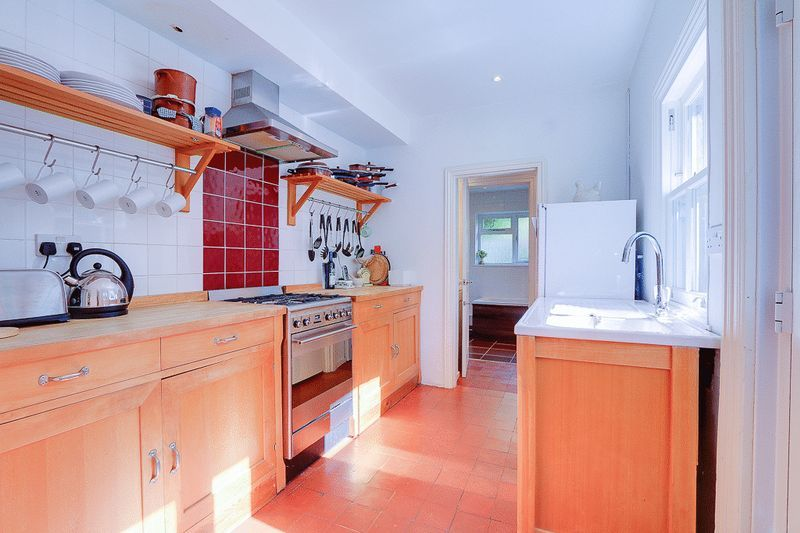 3 bed House for sale in Church Side - Kitchen (Property Image 4)
