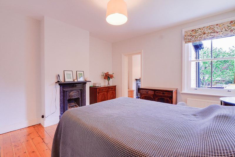 3 bed House for sale in Church Side - Master Bedroom (Property Image 7)