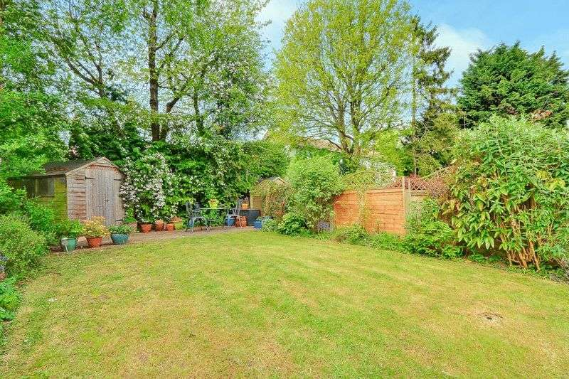 3 bed House for sale in Gale Crescent - Rear Garden (Property Image 15)