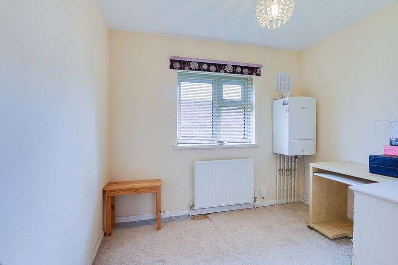 3 bed House for sale in Gale Crescent - Bedroom 3 (Property Image 9)