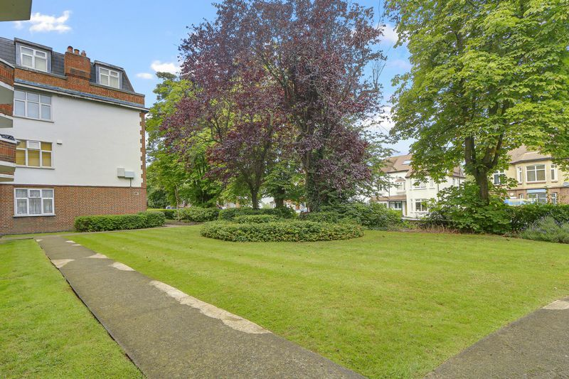 2 bed flat for sale in Carshalton Road  - Property Image 13