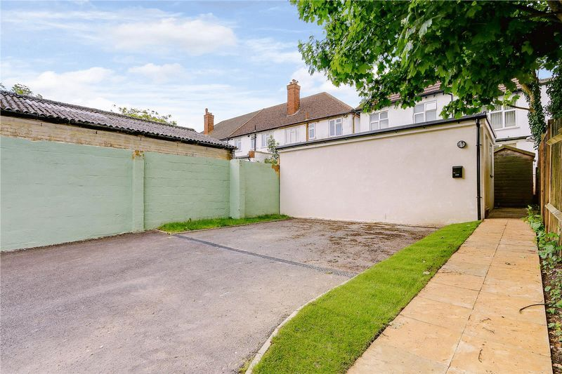 to rent in Nork Way  - Property Image 4
