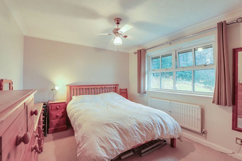 2 bed flat for sale in Hazel Way  - Property Image 5
