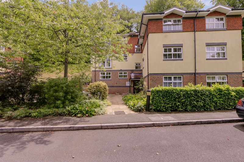2 bed flat for sale in Hazel Way  - Property Image 9