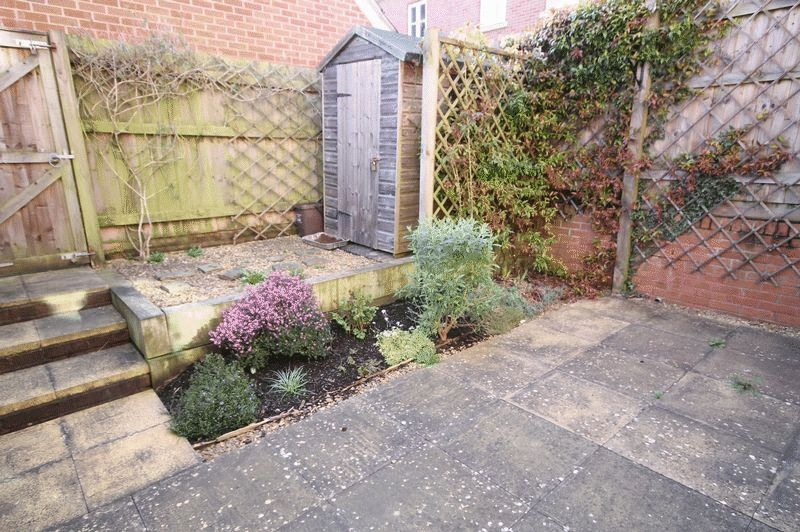 4 bed House to rent on Blackcurrant Drive - Property Image 10