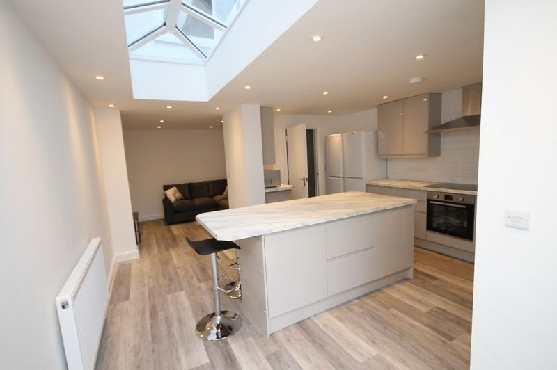 1 bed house to rent in Richmond Villas  - Property Image 1