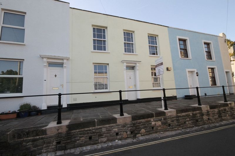 2 bed house to rent in Worrall Road  - Property Image 1