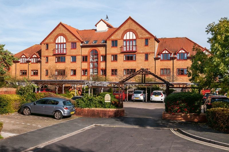 3 bed Flat for sale on Portland Court, Cumberland Close, - Property Image 14