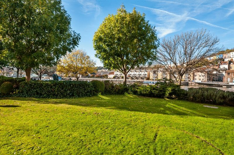 3 bed Flat for sale on Portland Court, Cumberland Close, - Property Image 15