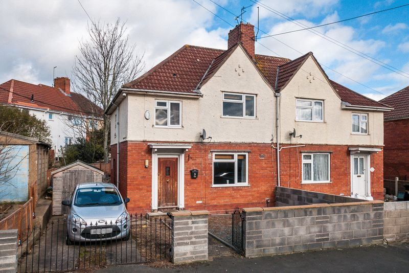 3 bed House for sale on Camborne Road - Property Image 7