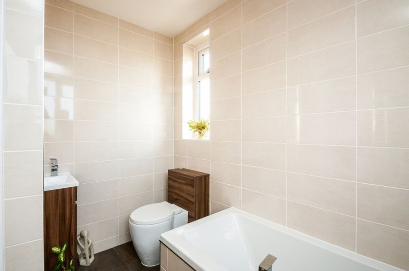 4 bed house for sale in Arbutus Drive  - Property Image 11