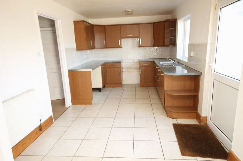 2 bed house for sale in Delius Grove  - Property Image 2
