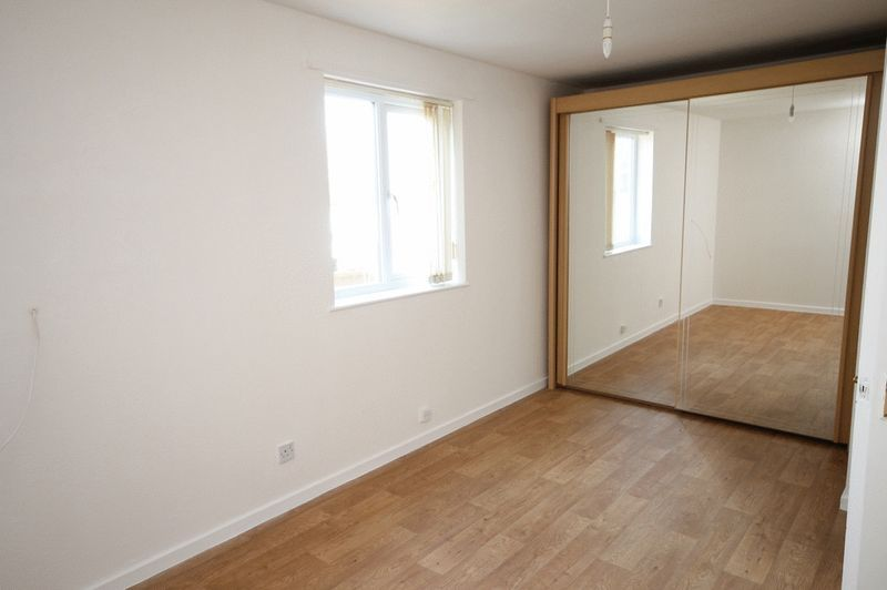 2 bed House for sale on Delius Grove - Property Image 5