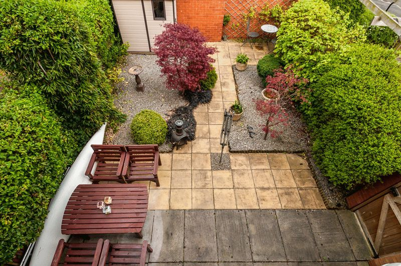 2 bed House for sale on Canada Way - Property Image 12