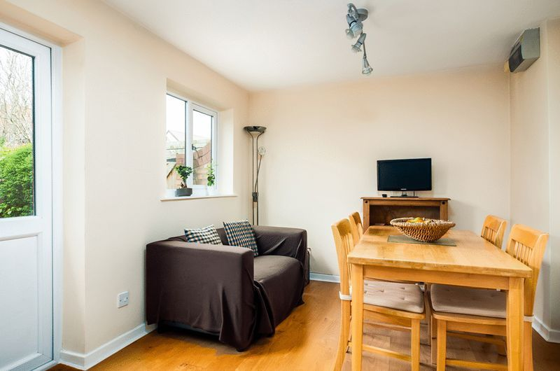 2 bed House for sale on Canada Way - Property Image 9