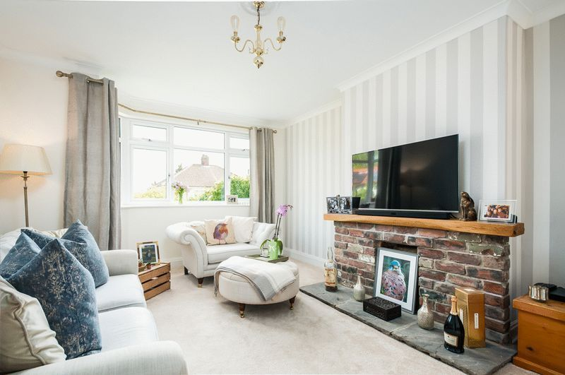 3 bed house for sale in Arbutus Drive - Property Image 1