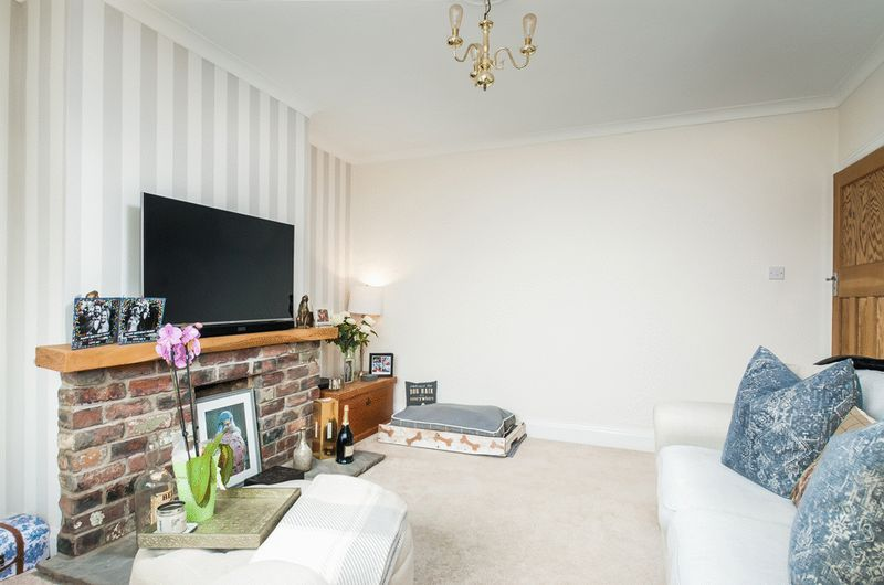 3 bed house for sale in Arbutus Drive  - Property Image 2