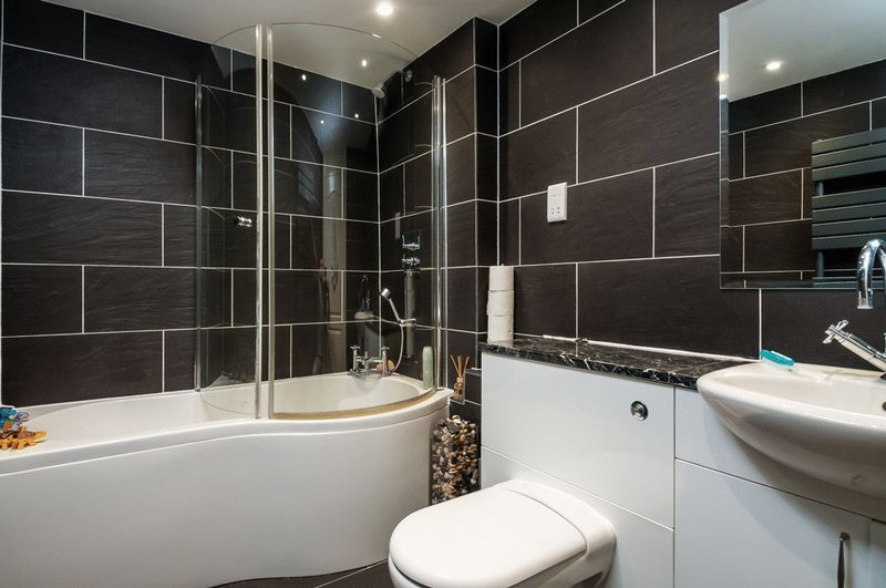 3 bed flat for sale in Cumberland Close  - Property Image 11