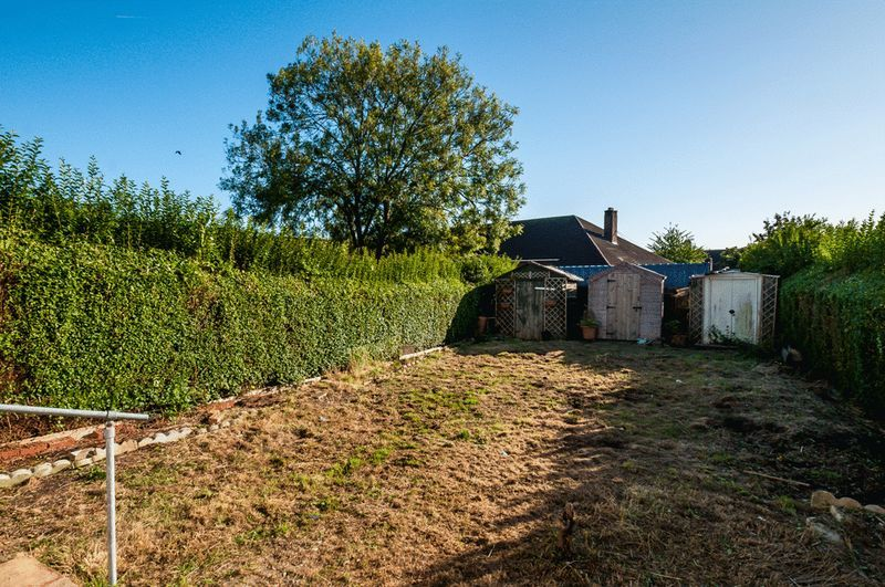 3 bed house for sale in Camborne Road  - Property Image 11