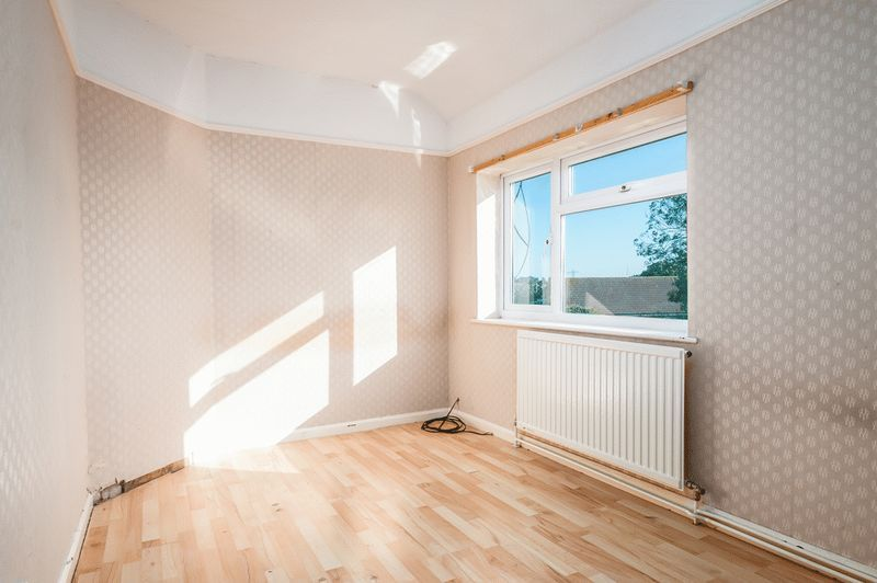3 bed house for sale in Camborne Road  - Property Image 7