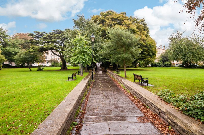 2 bed flat to rent in Richmond Terrace  - Property Image 12