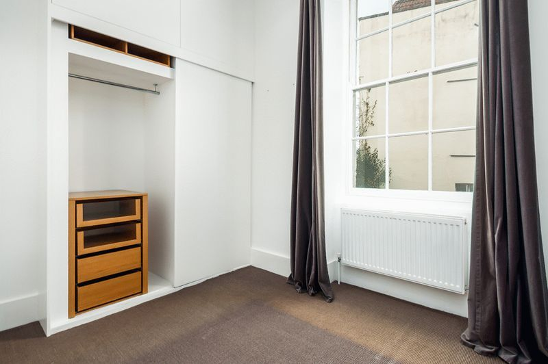 2 bed flat to rent in Richmond Terrace  - Property Image 8
