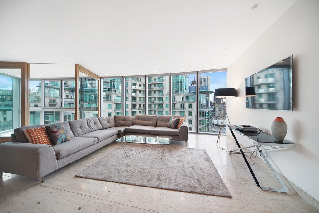 2 bed flat for sale in The Tower, St. George Wharf, London, SW8