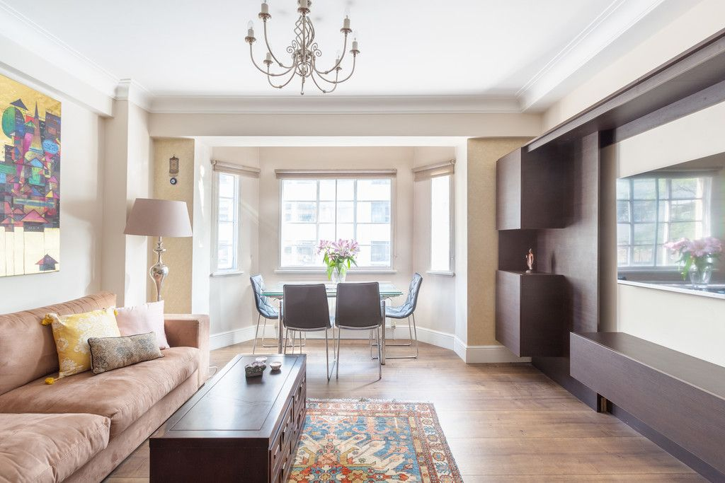 3 bed flat to rent in Wigmore Court, Wigmore Street, W1U