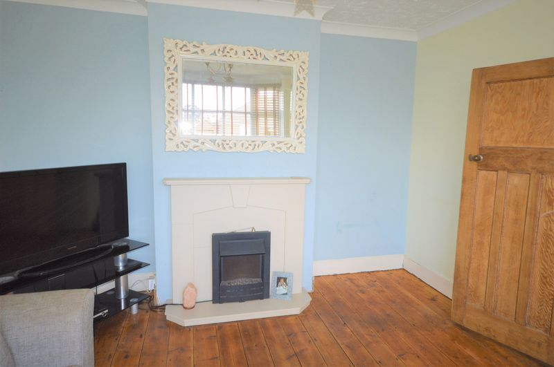 4 bed house for sale in Wraxhill Road, Yeovil  - Property Image 2