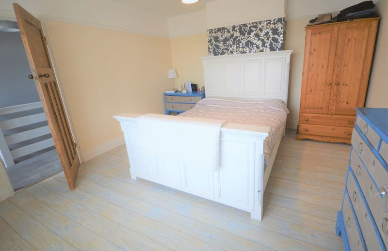 4 bed house for sale in Wraxhill Road, Yeovil  - Property Image 14