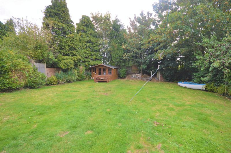 4 bed house for sale in Wraxhill Road, Yeovil  - Property Image 8