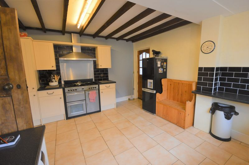 4 bed house for sale in Wraxhill Road, Yeovil  - Property Image 10