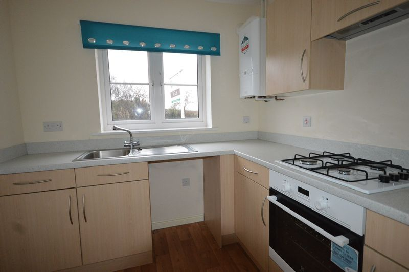 2 bed House to rent on South Petherton, Somerset - Property Image 4