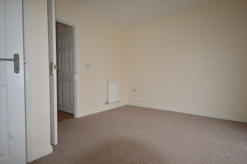 2 bed House to rent on South Petherton, Somerset - Property Image 9