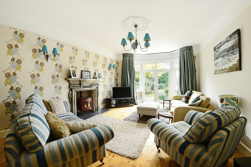 4 bed house for sale in St Ledgers Road, Queens Park, BH8  - Property Image 1