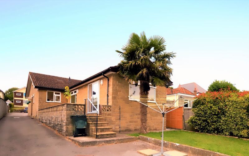 3 bed bungalow for sale in Yeovil - Property Image 1