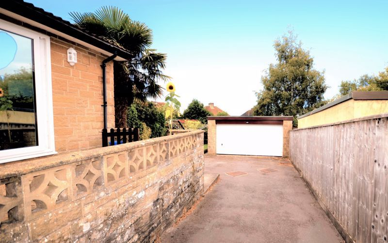 3 bed bungalow for sale in Yeovil  - Property Image 8