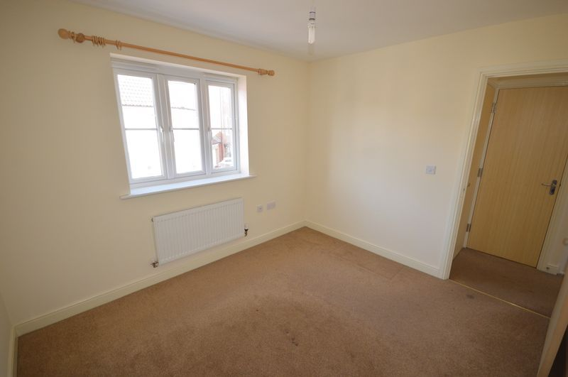 2 bed  to rent in Crewkerne  - Property Image 4
