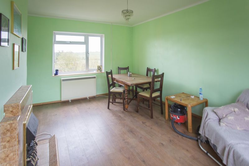 2 bed House for sale on Middle Chinnock - Property Image 2