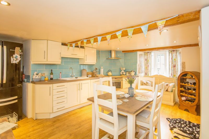 3 bed cottage for sale in West Coker, Yeovil  - Property Image 11