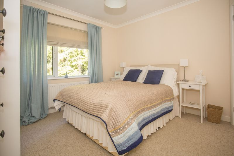 6 bed house for sale in Southwoods, Yeovil  - Property Image 18