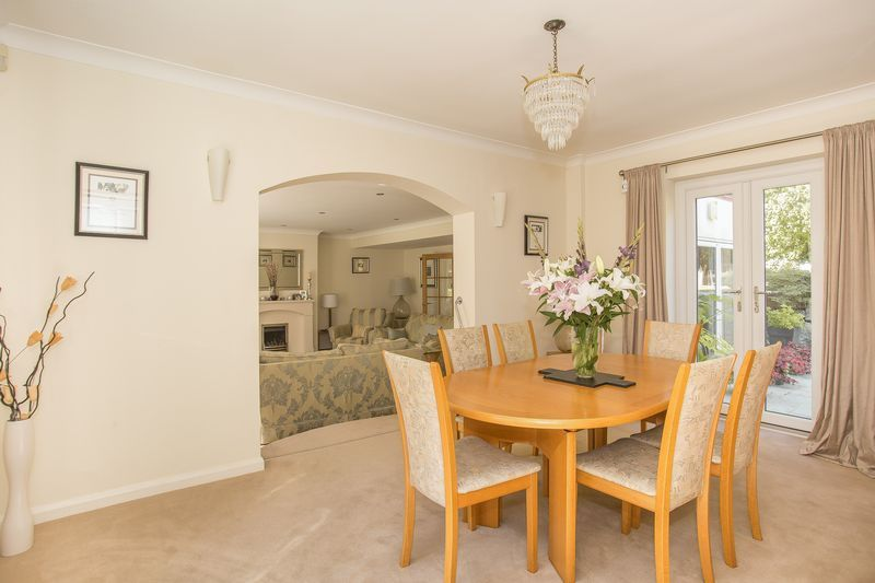 6 bed house for sale in Southwoods, Yeovil  - Property Image 3