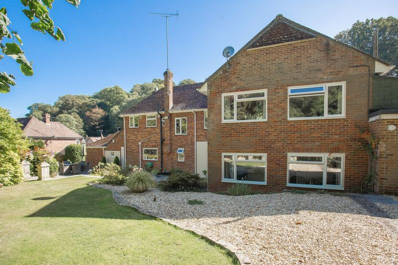 6 bed house for sale in Southwoods, Yeovil  - Property Image 8