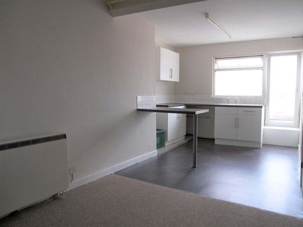 1 bed flat to rent in Queen Street, Neath  - Property Image 2