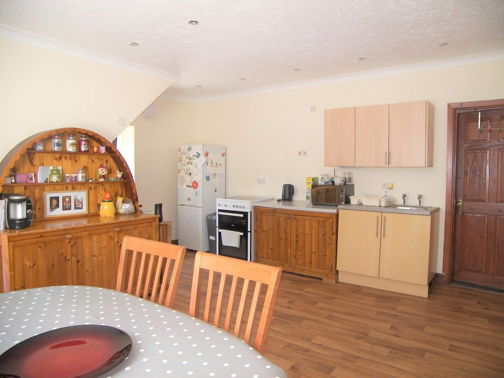 4 bed House for sale on Commercial Road, Resolven, Neath - (Property Image 5)