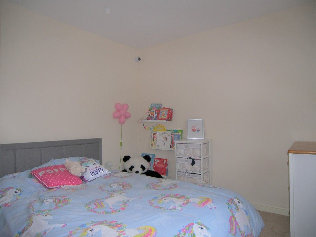 4 bed house for sale in Heathland Way, Llandarcy  - Property Image 15